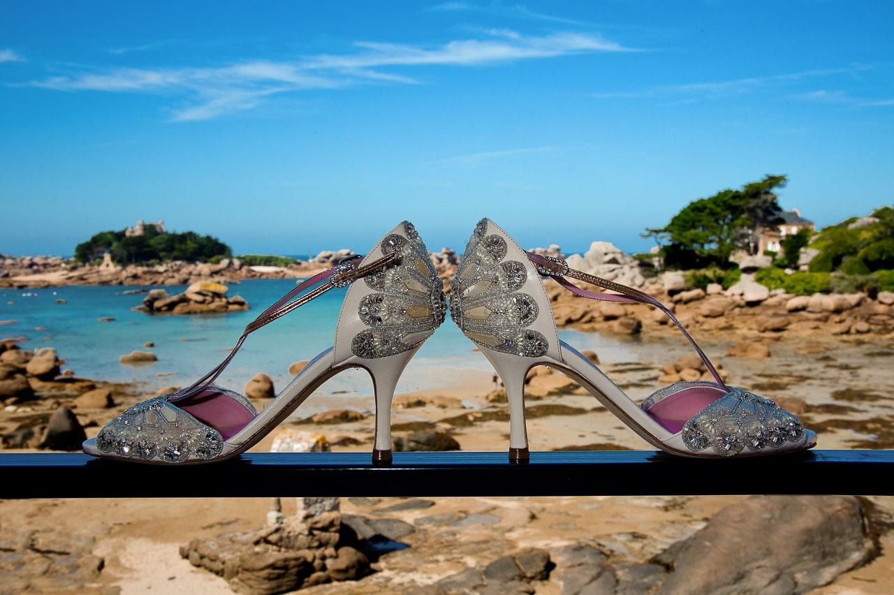 L'incroyable paire de chaussures de la mariée