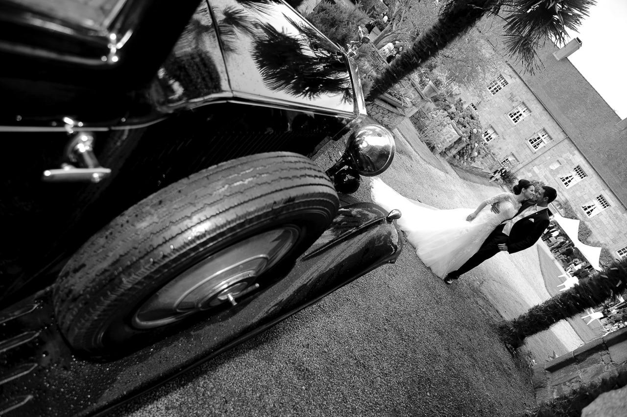 Les mariés devant le manoir de Keringant