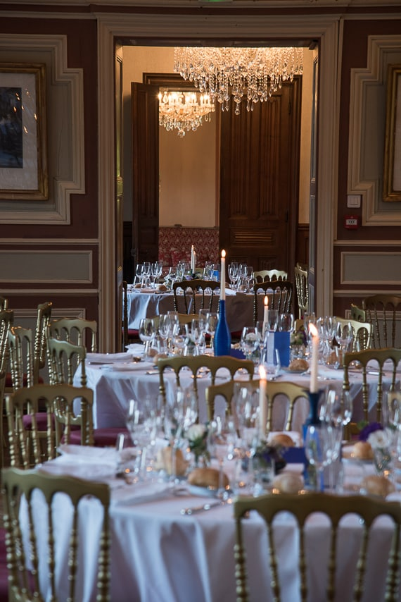 Tables dressées pour le mariage