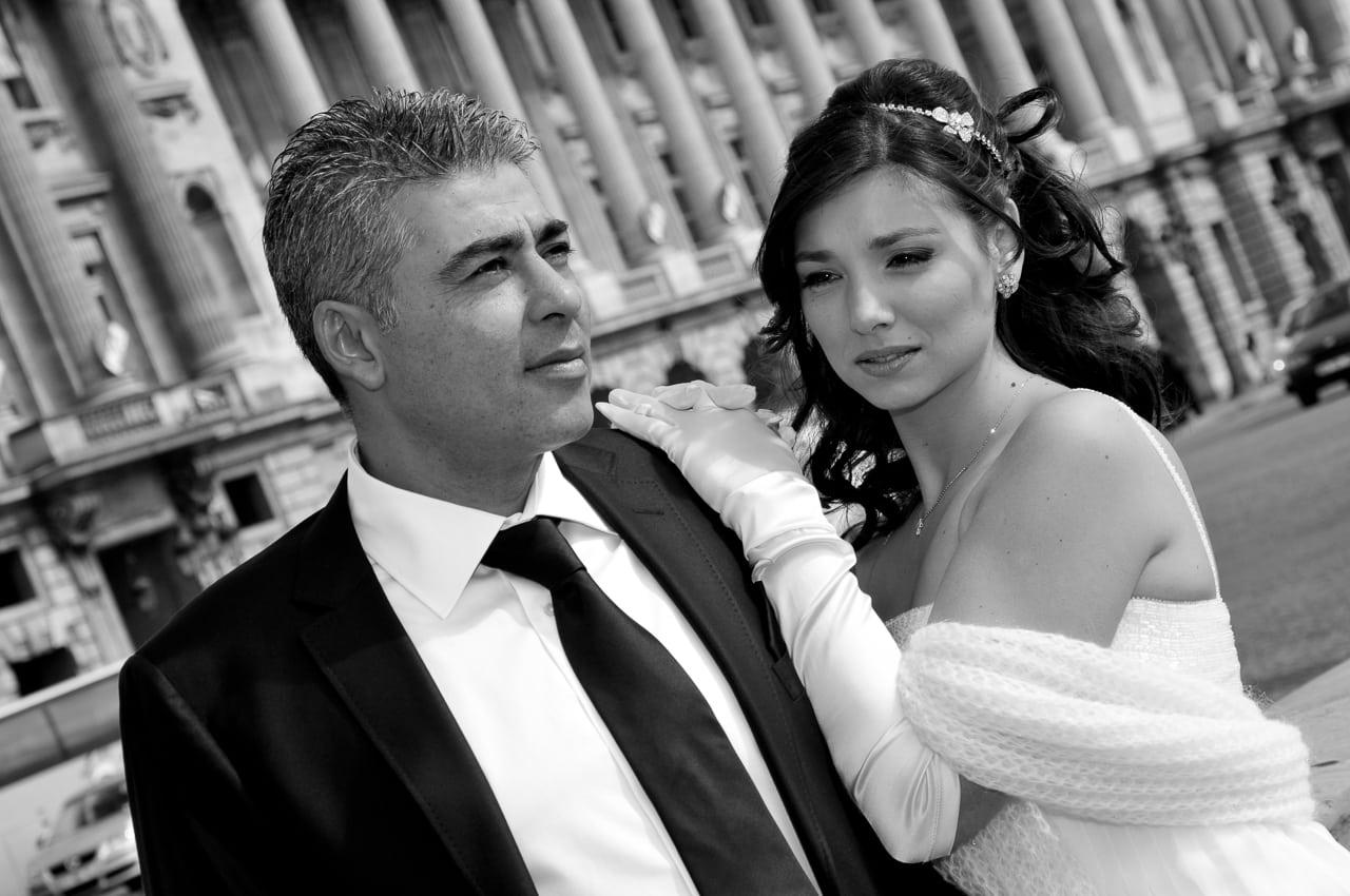 Les mariés dans Paris