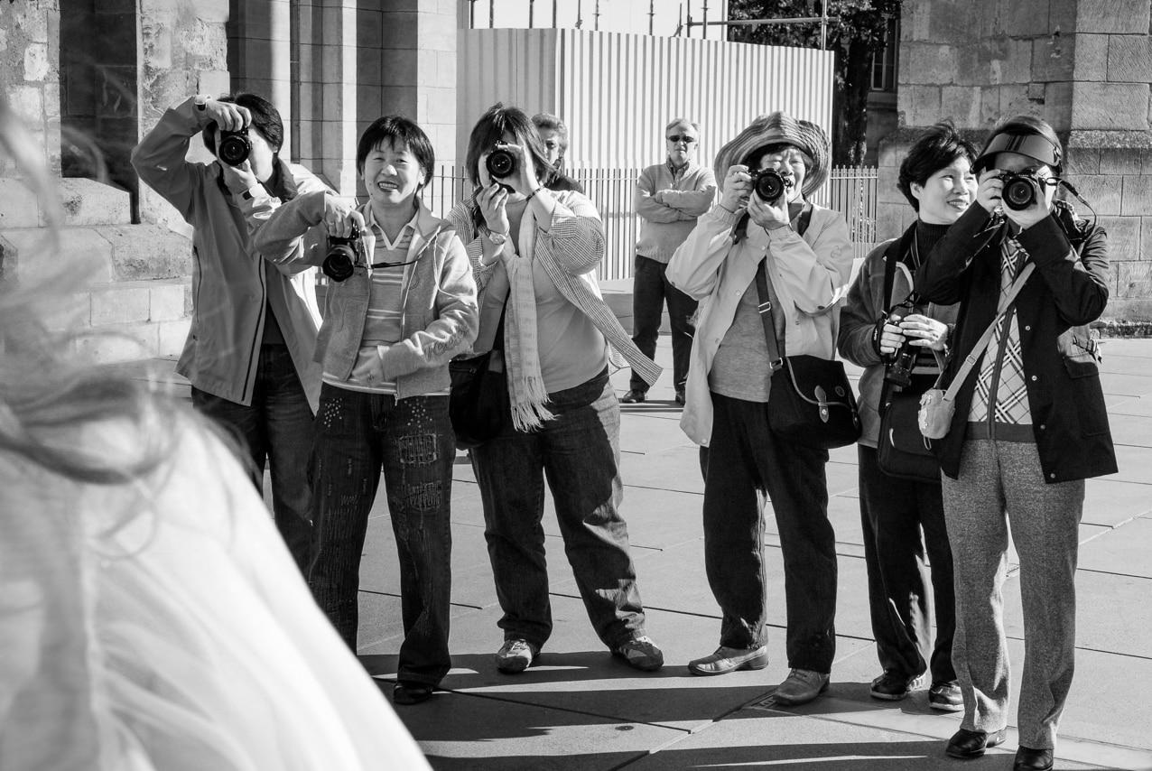 Les mariés se sont fait prendre en photo