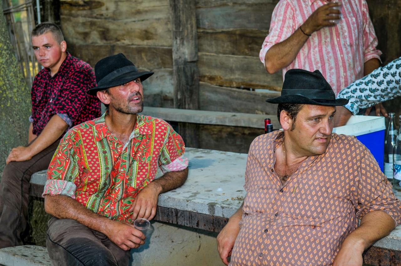 Les camarguais autour d'une table